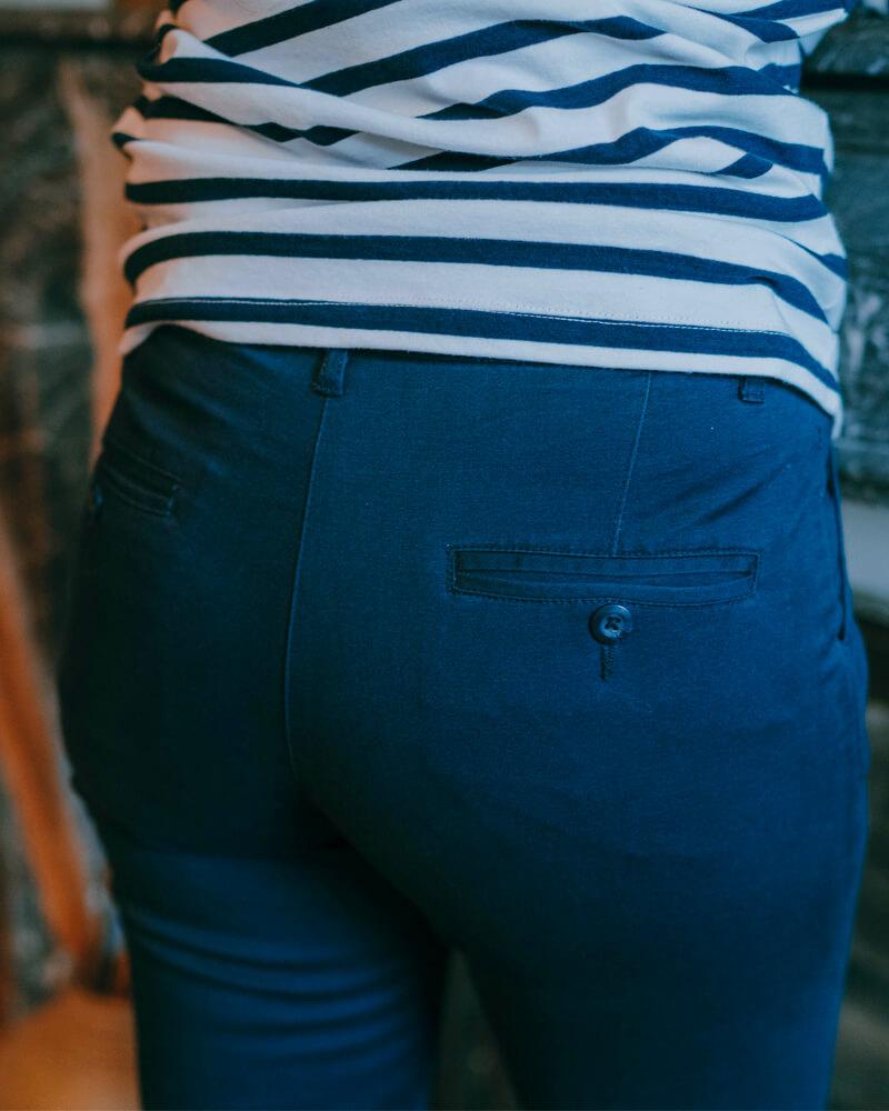 pantalon Chino femme bleu marine zoom
