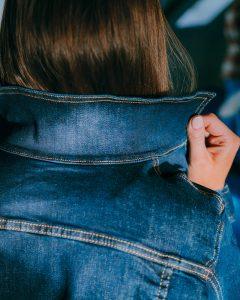 veste en jean fabriquee en France-zoom-col