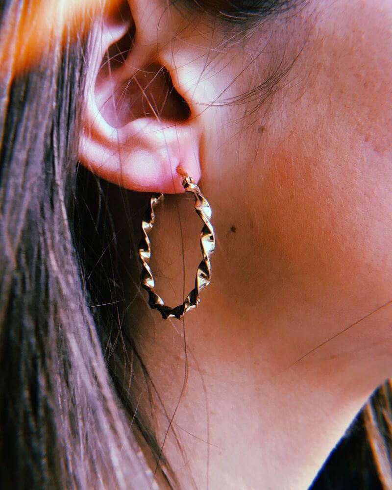 Boucles d'oreilles plaqué or petites créoles
