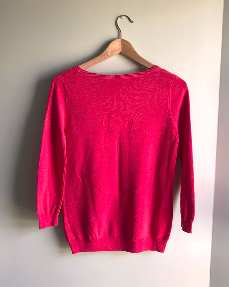 PULL ANCRE ET-OEILLETS-FUSHIA-DOS