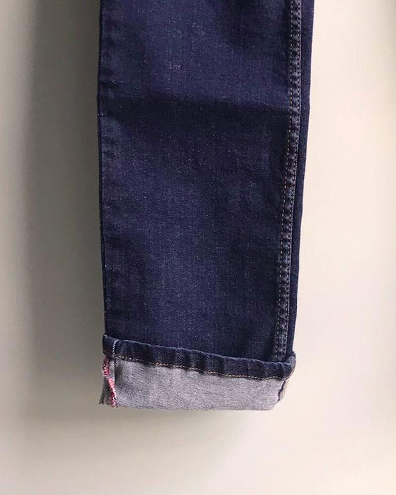 jean fabriqué en France dentelle délavage zoom couture