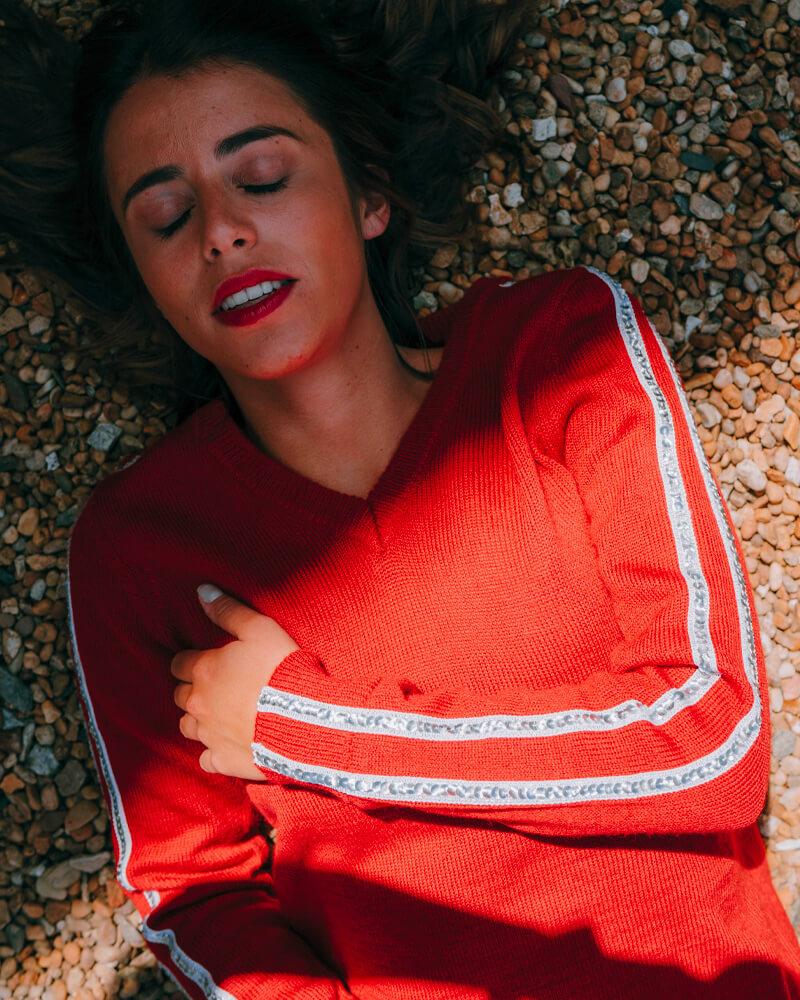 pull-sequins-femme-brillant-rouge